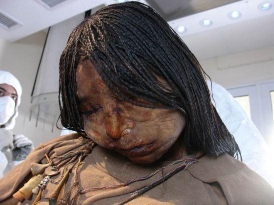 A Donzela, que tinha 15 anos no momento de sua morte por ritual de sacrifício.