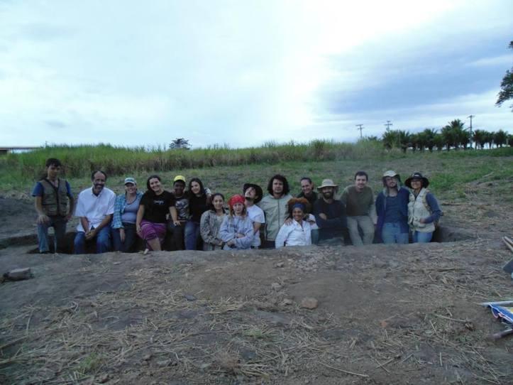 Geraldo (esquerda) durante escavação Colegio jesuitas 2014